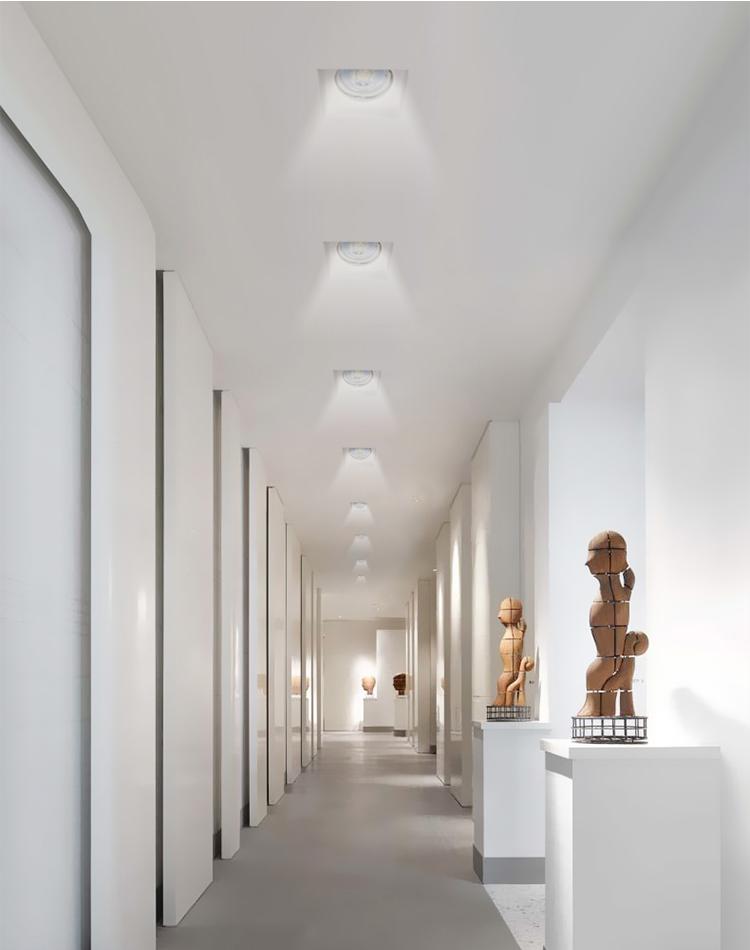 走廊的射灯